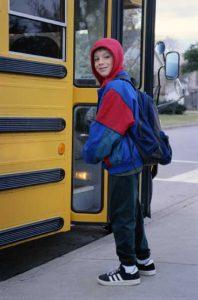 garcon-autobus-scolaire
