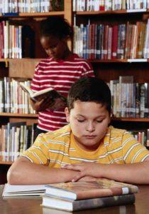 jeunes-lecture-bibliotheque